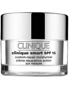 קליניק - סמארט קרם לחות לעור מעורב עד שמן 50 SPF15מל